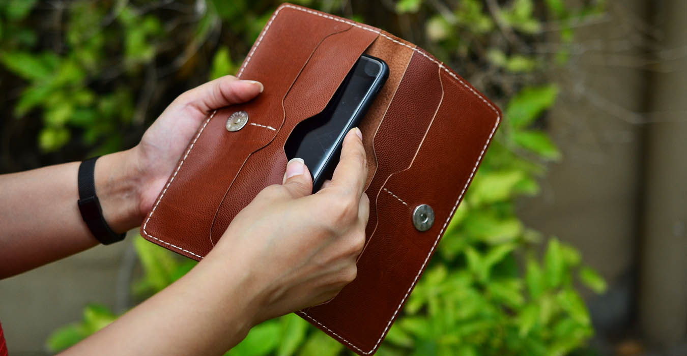 ladies leather wallets