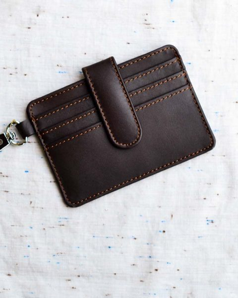 Minimalist card holder brown
