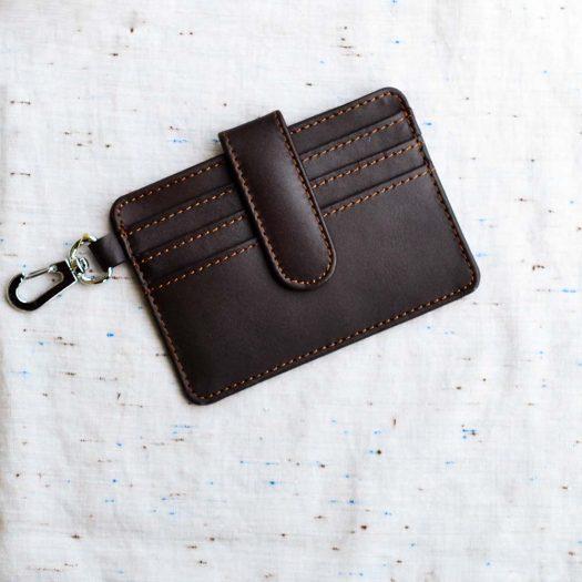Minimalist card holder brown