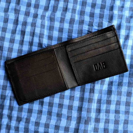 Milled side flap with ID window black