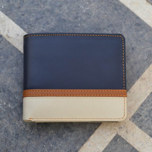 Bifold Wallet With Bottom Double Strip - white